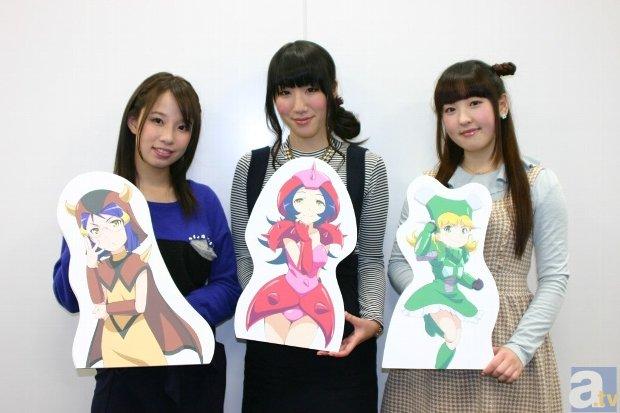 ▲左から松井桃子さん、畑中彩希さん、<br>谷口夢奈さん