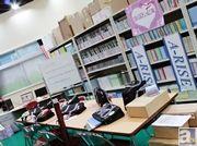 【AJ2014】「μ's」のメンバーが青春を送るアイドル研究部部室を完全再現! ブシロードブースのフォトレポートをお届け。