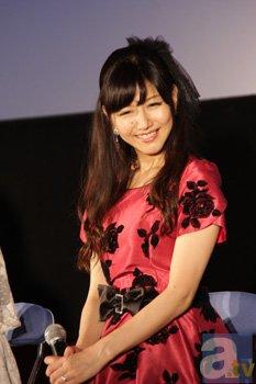 ▲ベルダンディー役の井上喜久子さん。17才なのに、ベルダンディー役は20年以上やっているという「時空のゆがみ」ネタは最近のお約束。
