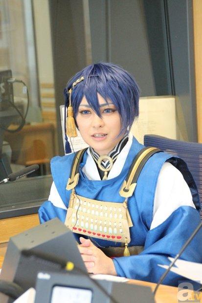 文化放送・八木菜緒アナ、三日月宗近のコスプレ姿で刀ブームを解説