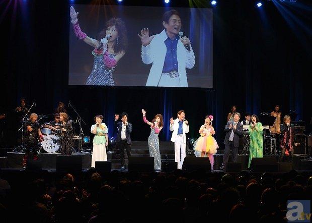 日本コロムビアのアニソン50周年ライブにレジェンドたちが集結!