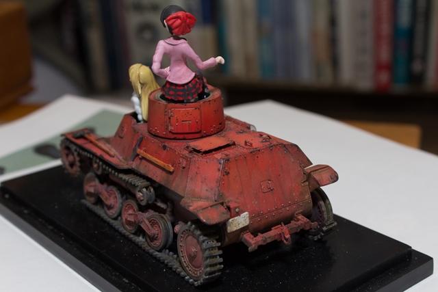 ▲実際に『リボンの武者』で作画資料として使われている、ファインモールド製 1/35スケール・九七式軽装甲車[テケ]ムカデさんチーム仕様