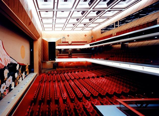 明治座で日本の伝統芸能とアニメを融合した新感覚ミュージカル「SAKURA –JAPAN IN THE BOX–」が公演決定