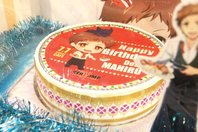 ▲7月8日(金)までの期間限定で、7月7日(木)が誕生日の真昼のお祝い用誕生日ケーキも飾ってありました。