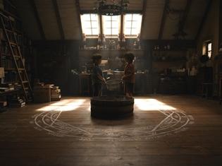 実写映画『鋼の錬金術師』初出し満載の予告映像第2弾が公開! エドのオートメイル&アルの戦闘シーンも初披露