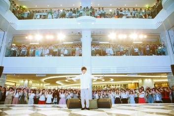 斉藤壮馬さんがデビューシングル『フィッシュストーリー』 のリリース記念イベントにて鮮烈なアーティストデビューを飾る!