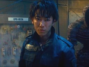 実写映画『亜人』主演・佐藤健さんと綾野剛さんの凄烈なバトル解禁! 疾走感溢れる予告映像が公開に