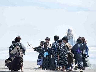 """実写映画『銀魂』銀時・桂・高杉の師である""""吉田松陽""""の声をアニメ版でもおなじみ、山寺宏一さんが担当!"""