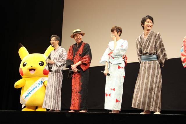 ▲左から湯山監督、古田さん、佐藤さん、本郷さん