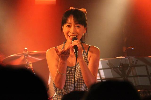 横山智佐-4
