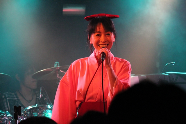 横山智佐-9