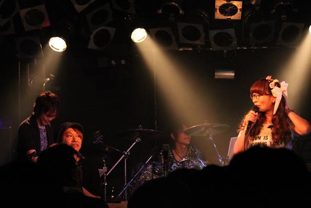 横山智佐-16