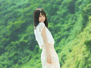 伊藤美来さんの1stアルバム「水彩~aquaveil~」が10月11日に発売決定! 新しいアーティスト写真も公開!