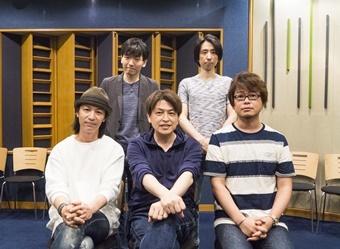 ▲前列左から、鳥海浩輔さん、緑川光さん、興津和幸さん、後列左から、山中真尋さん、松本忍さん