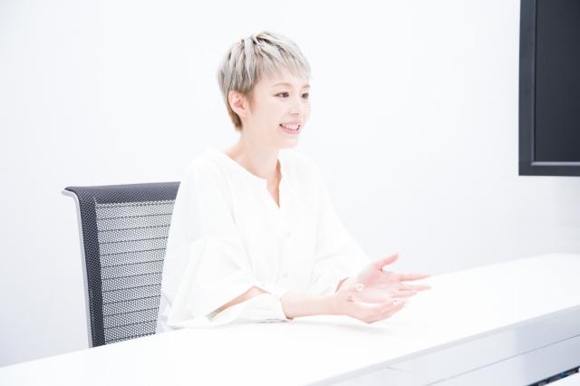 """ミレーヌという大役に挑む平野綾さんの本当の気持ち。""""らしさ""""を求めてーー『歌マクロス スマホDeカルチャー』インタビュー"""