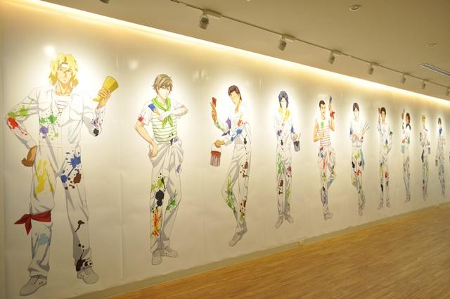 ▲壁一面に描かれたイラストは壮観です。