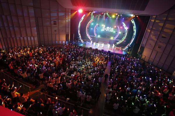 i☆Risデビュー5周年記念ライブ1日目が、府中の森芸術劇場 どりーむホールで開催! ユーザーの楽曲投票によるTOP10も大発表