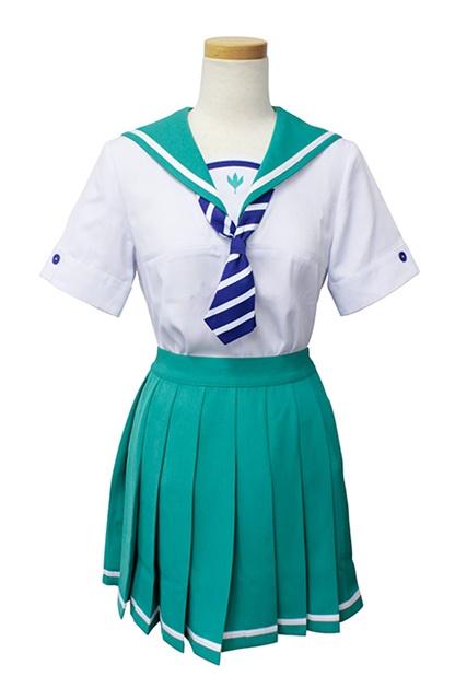 『つうかあ』より作品をイメージした制服&パーカーが登場!鮮やかなグリーンが印象的なセーラー服を再現