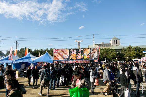 『ガールズ&パンツァー』の聖地に13万人が集結した『第21回 大洗あんこう祭』レポート!
