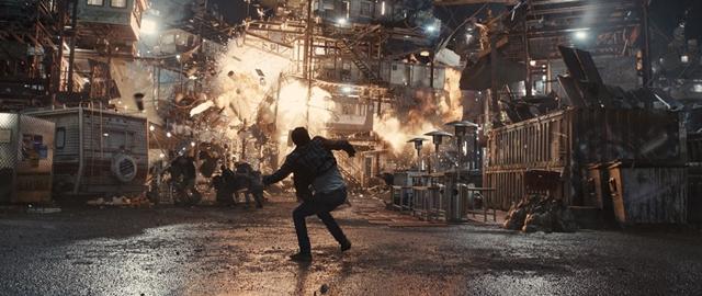 映画『レディ・プレイヤー1』US版ポスターにガンダムや『カウボーイ・ビバップ』のソード・フィッシュIIが登場-2