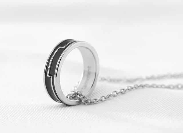 ▲リングネックレス