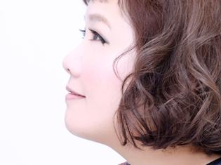 人気シンガーmaoさんの10周年ベストアルバム発売記念インタビューが到着! TVアニメ『薄桜鬼』や『コドリア』シリーズの楽曲などを収録