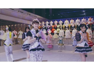 i☆Risの15thシングル「Memorial」MV解禁!『プリパラ』シリーズ歴代シングル衣装&キャラ衣装をバックに、圧巻のダンス。メンバーのコメントも公開