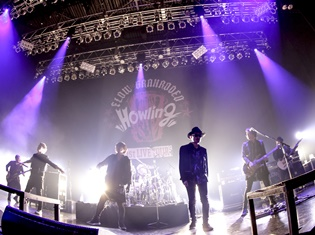 """「念願の1stライブ」で互いのカバーも披露! FLOW×GRANRODEO 1st LIVE TOUR """"Howling""""東京公演レポート"""