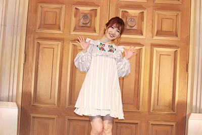 内田彩さんが『So Happy』発売記念フリーイベントを開催