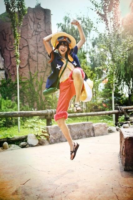 """『ONE PIECE(ワンピース)』6月13日は""""麦わらの一味の日""""! ルフィやナミら人気キャラクターをコスプレ特集!"""