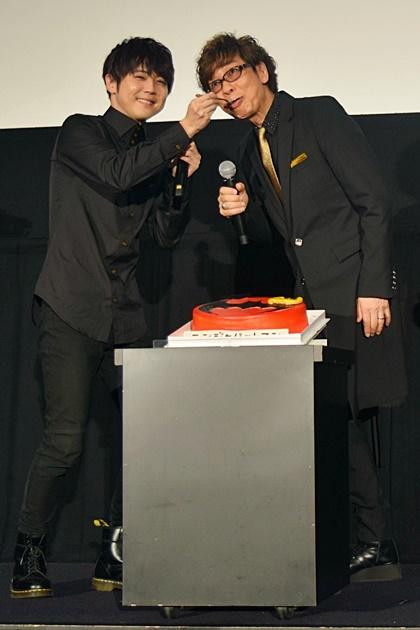 『ニンジャバットマン』公開記念舞台挨拶をレポート