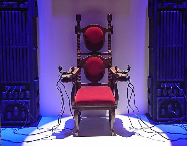 ▲展示物(電気椅子)イメージ ※写真はイメージです。実物とは異なります