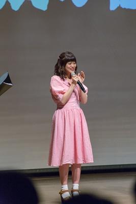 中島ヨシキさん&田中貴子さんら登壇の『ヒナまつり』最終回放送直前イベントに高級な壺や大量のイクラが登場!?