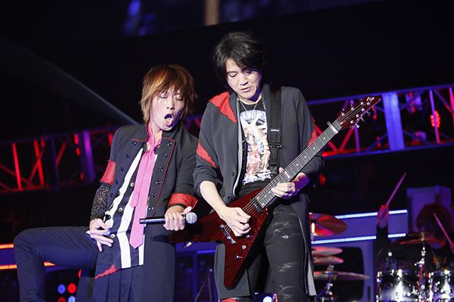 『アイドリッシュセブン 1st LIVE 「Road To Infinity」展覧会』をレポート! 煌びやかな衣裳・写真・映像でライブが追体験できる!-9