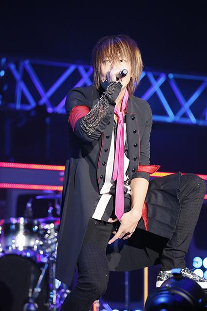 『アイドリッシュセブン 1st LIVE 「Road To Infinity」展覧会』をレポート! 煌びやかな衣裳・写真・映像でライブが追体験できる!-13