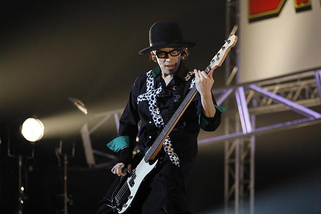 『アイドリッシュセブン 1st LIVE 「Road To Infinity」展覧会』をレポート! 煌びやかな衣裳・写真・映像でライブが追体験できる!-15