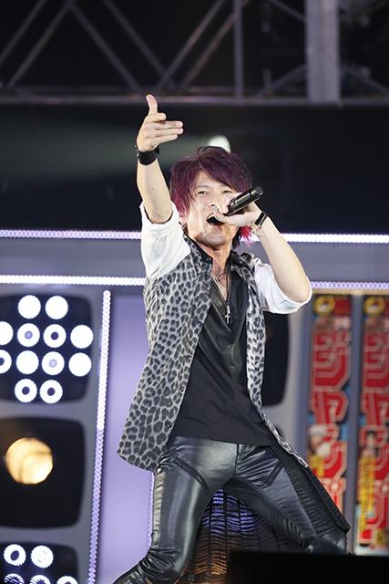 『アイドリッシュセブン 1st LIVE 「Road To Infinity」展覧会』をレポート! 煌びやかな衣裳・写真・映像でライブが追体験できる!-25