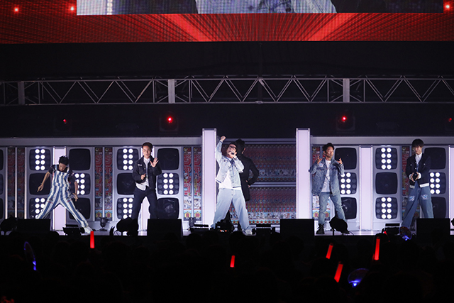 『アイドリッシュセブン 1st LIVE 「Road To Infinity」展覧会』をレポート! 煌びやかな衣裳・写真・映像でライブが追体験できる!-28