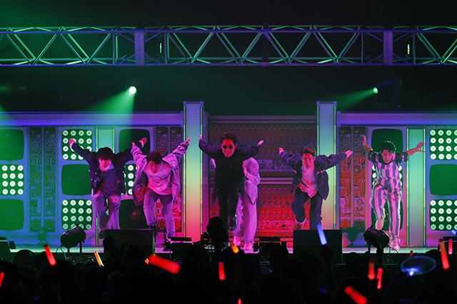 『アイドリッシュセブン 1st LIVE 「Road To Infinity」展覧会』をレポート! 煌びやかな衣裳・写真・映像でライブが追体験できる!-29
