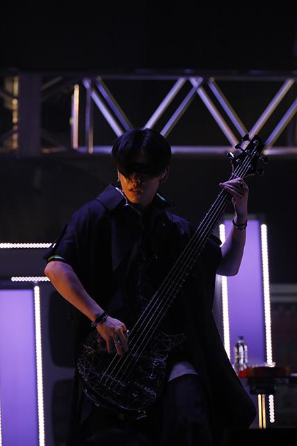 『アイドリッシュセブン 1st LIVE 「Road To Infinity」展覧会』をレポート! 煌びやかな衣裳・写真・映像でライブが追体験できる!-35