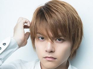 「TVガイドVOICE STARS vol.7」表紙は内田雄馬さん!! ――大好きな車に乗りながらの撮影でテンション上がりました!