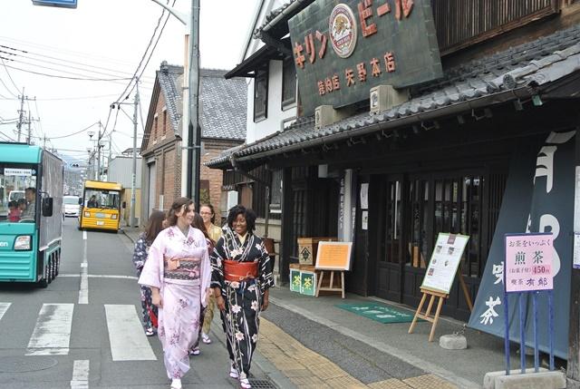 内田彩-2