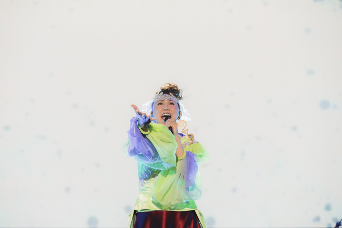『アイドリッシュセブン 1st LIVE 「Road To Infinity」展覧会』をレポート! 煌びやかな衣裳・写真・映像でライブが追体験できる!-2
