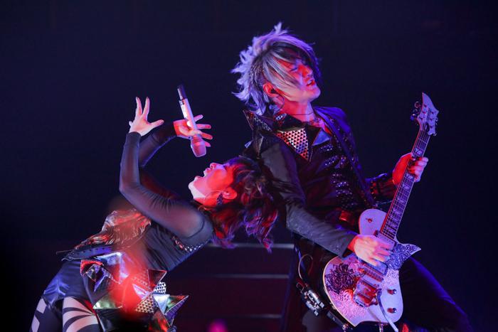 『アイドリッシュセブン 1st LIVE 「Road To Infinity」展覧会』をレポート! 煌びやかな衣裳・写真・映像でライブが追体験できる!-6