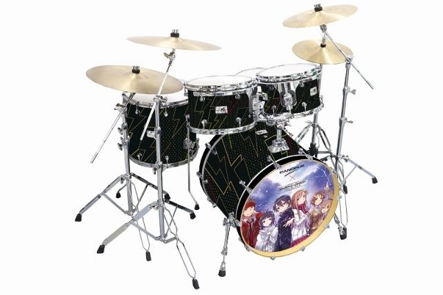 「電撃文庫」の人気作品とコラボしたドラムセットが発売