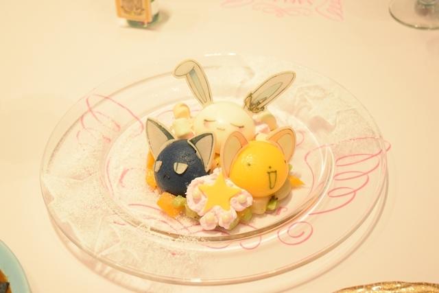 ▲ケロちゃん・スッピー・モモのなかよしプレート(2,138円)