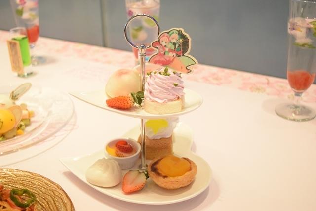 ▲さくらと小狼のスイーツ飲茶セット ジャスミン茶付き(3,056円)