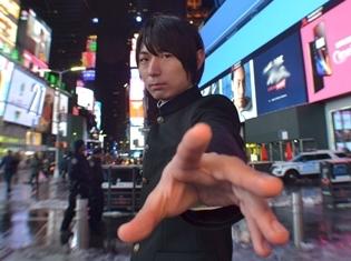 『モブサイコ100 II』モブ役・伊藤節生さん、ニューヨークで第2期キービジュアル解禁! アニメの最速放送日は2019年1月7日に決定