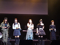 アンコールでは國府田マリ子さん以下、女性声優陣を中心に「祈りのうた」で全員の心をひとつにする(写真はゲネプロ時のもの)